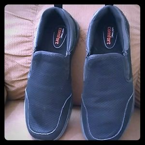 Men's slip ons color is black!!